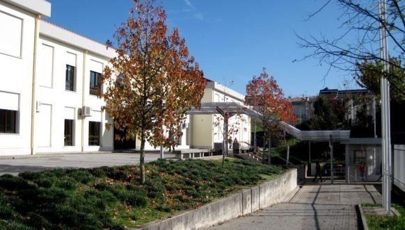 Escola Básica e Secundária de Airães