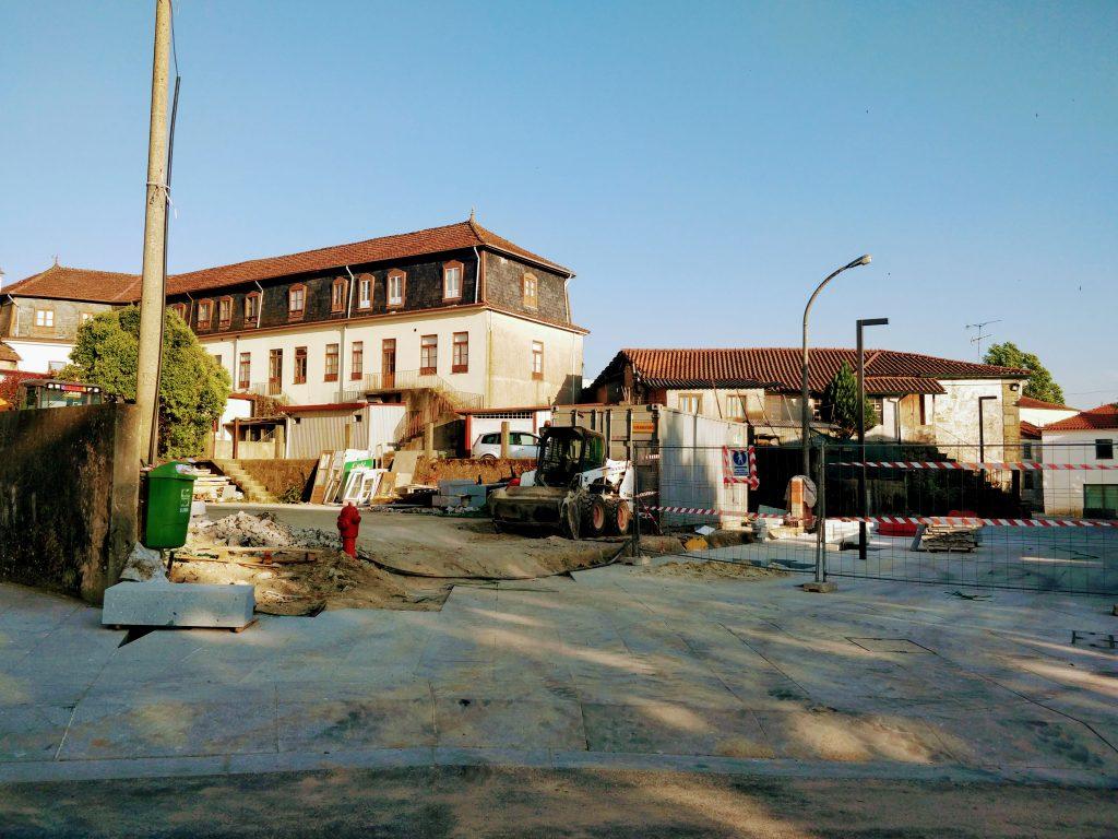 atraso das obras da envolvente da Igreja Matriz de Margaride