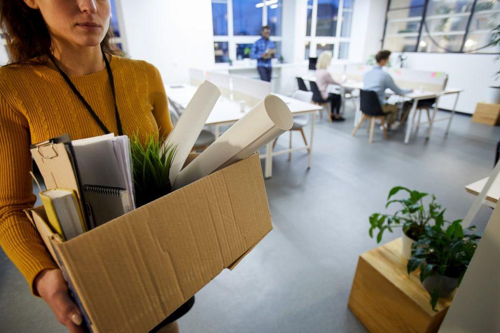 leaving-office-after-dismissal-Desemprego em Felgueiras