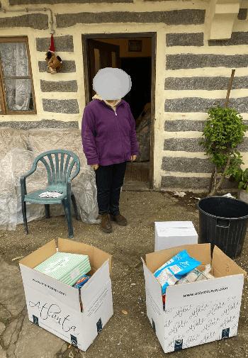 Colaboradores da Atlanta distribuem cabazes de Natal a famílias carenciadas 3